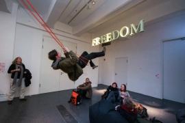 Dortmunder U, moving people ausstellung, freedom installation
