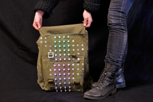 trafo-pop_led-jackets_showcase__dsc7774