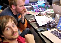 LED Jacket workshop Fab Lab Berlin thoma gnahm with stefan amaze festival
