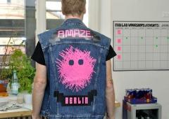 LED Jacket workshop Fab Lab Berlin amaze festival stefan